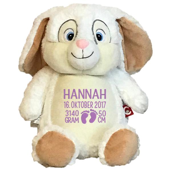 Hvid kaninbamse med navn og fødselsdata broderet på maven
